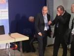 Promoter Wilfried Sauerland walks out on Stonie at Valuev vs Ruiz postfight presser.jpG