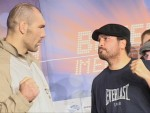 Nikolai Valuev vs John Ruiz stare down at weighin Berlin.JPG