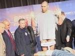 Nikolai Valuev weighs in at 7 ft 2 in 323 pounds in Berlin.jpg